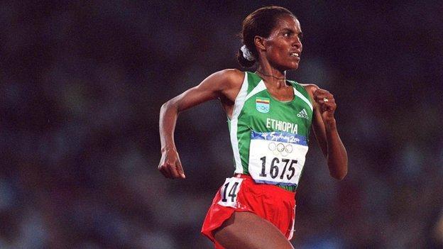 Derartu Tulu at the 2000 Olympic Games in Sydney